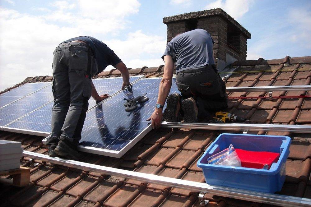 Al aan zonnepanelen gedach