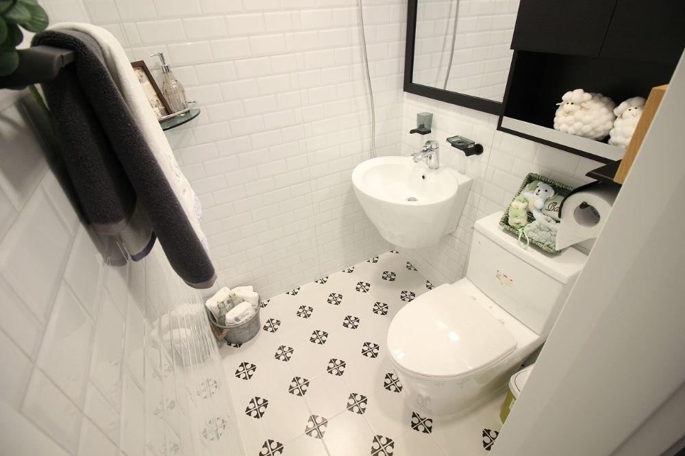 Ideeën voor een praktische inrichting van een kleine badkamer